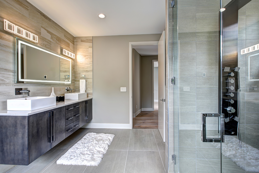 Check out these helpful bathroom remodeling tips